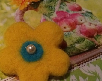 Felt brooch, needle felted yellow flower brooch, yellow, blue,  pearl bead