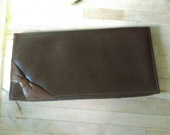 Vintage 1970s/80s brown leather effect bow detail clutch bag purse