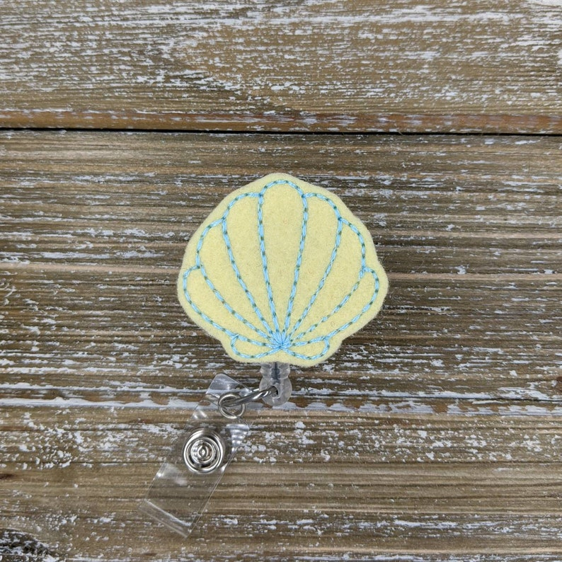 Seashell Badge Clip Nurses Week Gift Mermaid Summer Badge Reel Nurse Badge Reel Cute Nurse Thank You Gift Beach Gift Shop Bulk Gifts