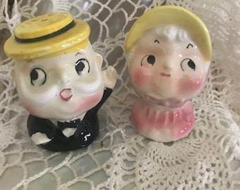 Vintage Ceramic Black Top Hat Salt /& Pepper Shakers Japan