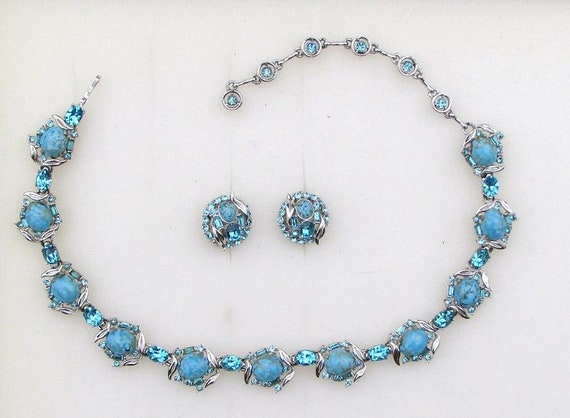 Hollycraft Turquoise & Rhinestone Necklace  Earrin