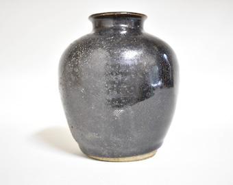 Vase 6209, black