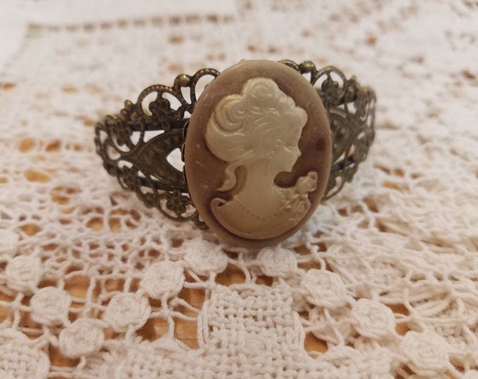 Brown and cream cameo filigree bangle bracket #10