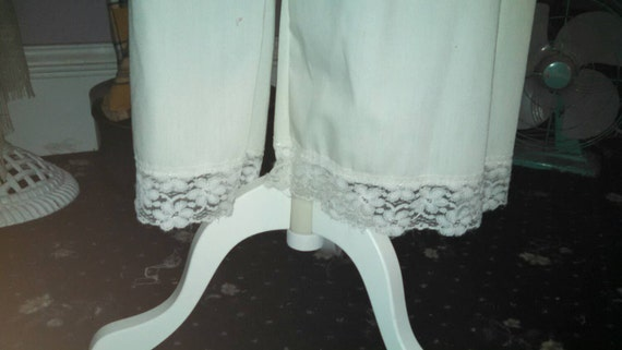Lady in Lace bloomers, of the Alabaster and Lace line capris