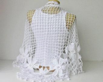 White Bridal shawl, crochet triangle shawl , Bridesmaid gift , crocheted shrug capelet wrap