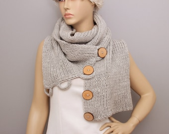Knitted infinity scarf,knlitted long scarf with wooden button ,woman scarf, gift ,CHOOSE YOUR COLOR
