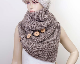 Knitted infinity scarf in beige ,knlitted long scarf with wooden button ,woman scarf, gift ,CHOOSE YOUR COLOR