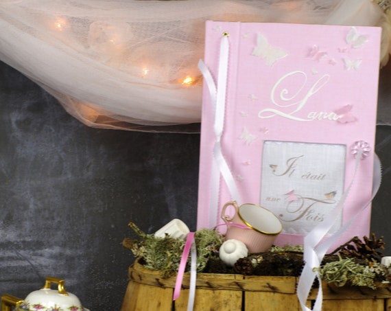 """Livre d'or  """" Mille et un papillons """" A Personnaliser cadeau idéal pour un Baptême un mariage"""