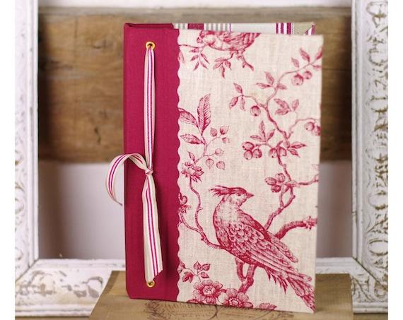 """Idée cadeau le Livre des invités  """" Un art de vivre à la française"""" oiseau toile de jouy lin"""
