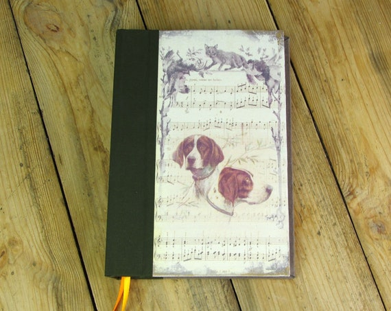 The hunting book personalize name Hunter or Huntress hunting dog