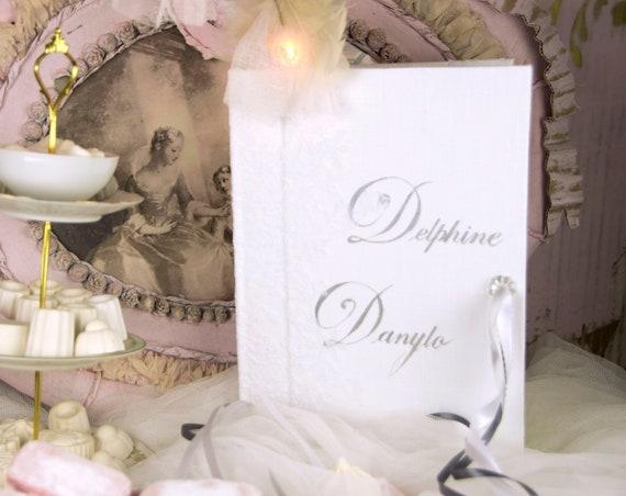 Cadeau mariage grand livre d' or dentelle blanche ton sur ton  Joli cadeau de mariage