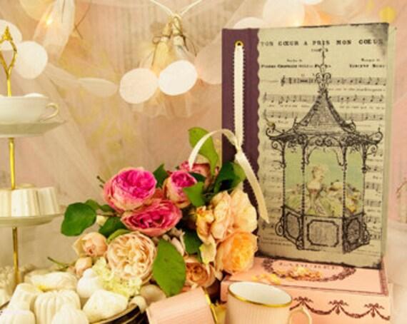 """Livre d'Or ou carnet """" Marie Antoinette """" cadeau original carnettistes"""