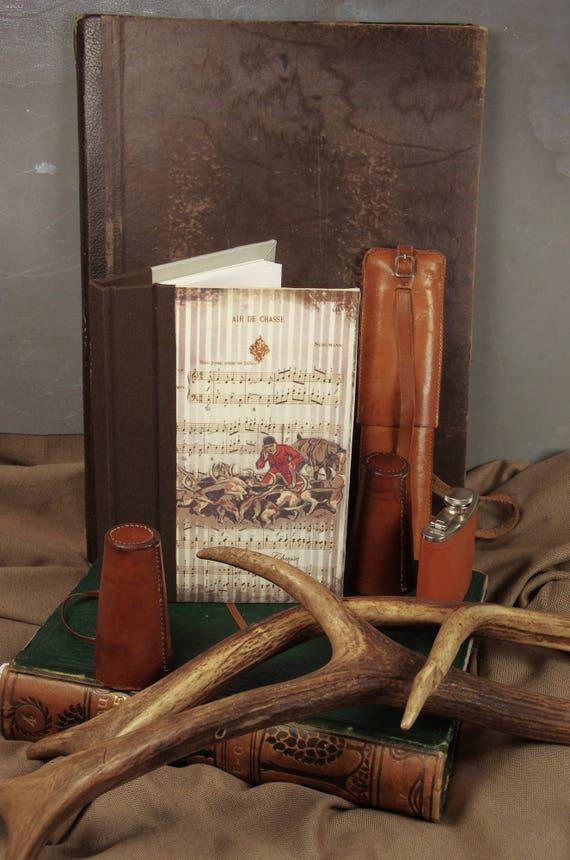 """Chasse Carnet de chasse """" La meute """"  chasseur chasseresse chasse au bois vénerie chasse à courre Cadeau"""