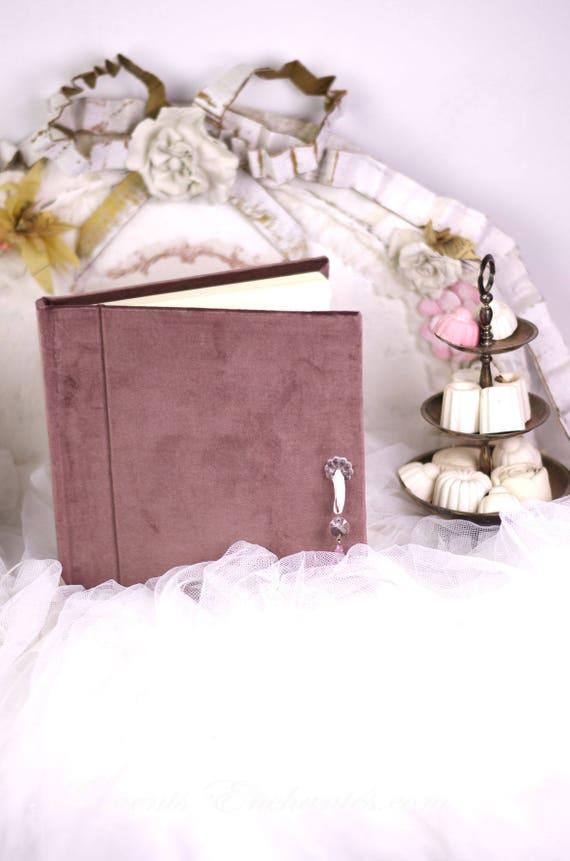 Cadeau mariage Carnet de notes carnet à poèmes ...à secret ou livre d'or , carnet intime velours et pampille