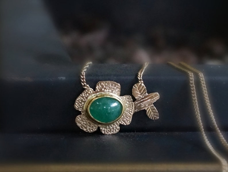 Emerald Necklace 22K & 14K Solid Gold May Birthstone Flower image 0