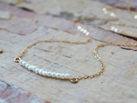 14k solid gold : Small pearl bar necklace