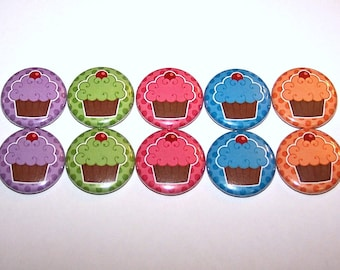 """Cupcakes & Polka Dots Party Favors Set of 10 Buttons 1"""" or 1.5"""" Pin Back Buttons or 1"""" Magnets Cute Frosted CupCakes Pins"""