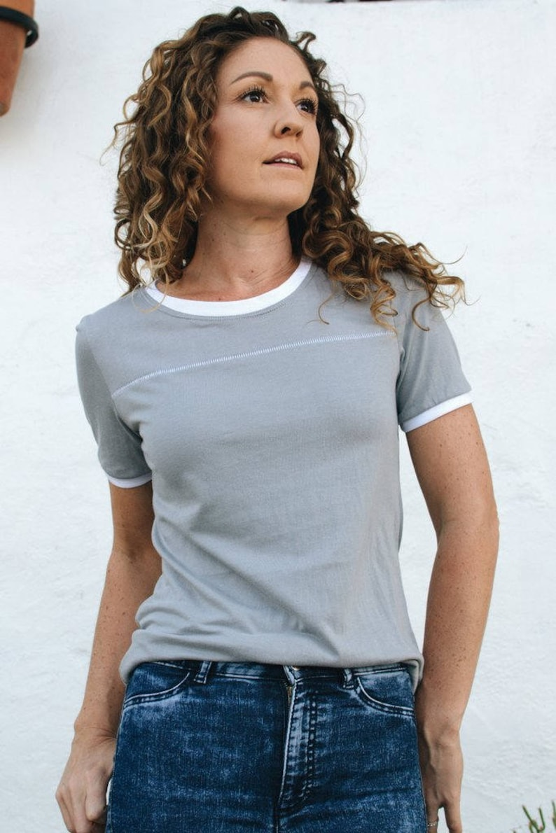 5ddf4fe30f7 SUSTAINABLE Ladies 70s Ringer Tee in Sleet Light Grey and