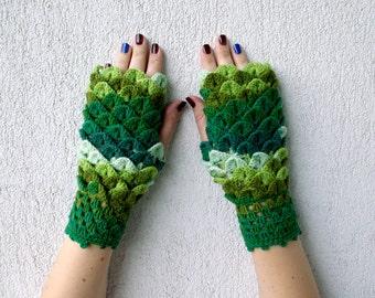Fingerless Gloves Womens gloves Arm warners Mittens in Emerald Lime Green Wrist Warmers Knit fingerless Winter gloves
