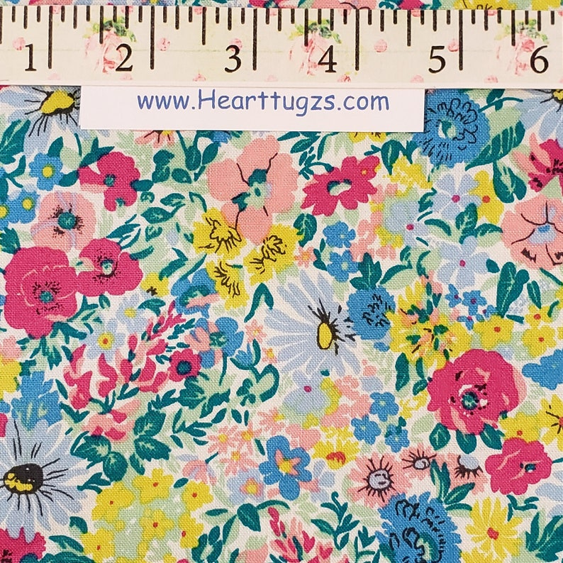 Liberty of London Riley Blake Designs 100/% cotton Mammie B HigH SuMmEr FLoWeR Show