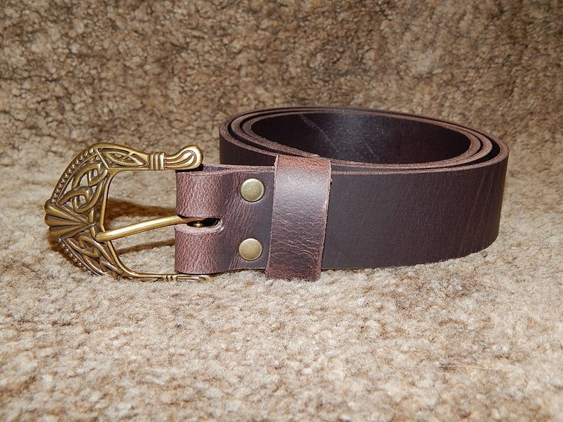 Very high quality Quality 9 oz buffalo leather belt with massive antique buckle