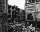Collapsing City, Packard ...
