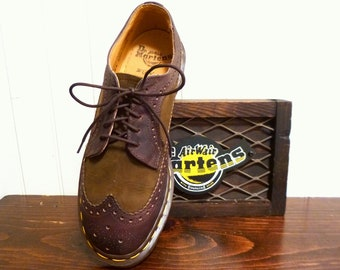 Made in E*N*G*L*A*N*D Vintage Dr Martens Brown Suede & Leather Wingtip Brogues UK 6 ... USA  Men's 7 or Women's 8 ... EXCELLENT
