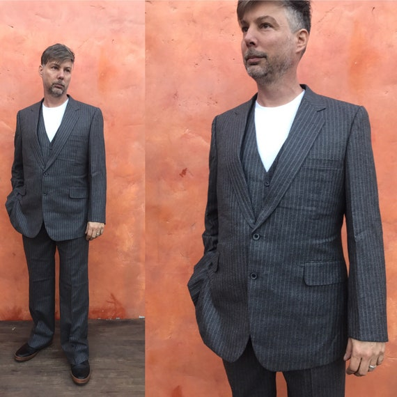 2b860c00f714b9 VIntage Men's Gray Pinstripe 3 Piece SUIT. Pants Sport | Etsy