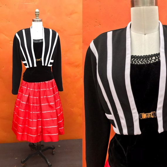Vintage 1980s 1990s Black White Cropped Blazer Coa