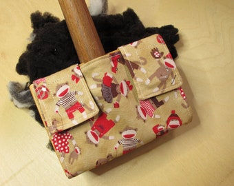 Small Carder Keeper- A Spinners Tool - Sock Monkeys at Play