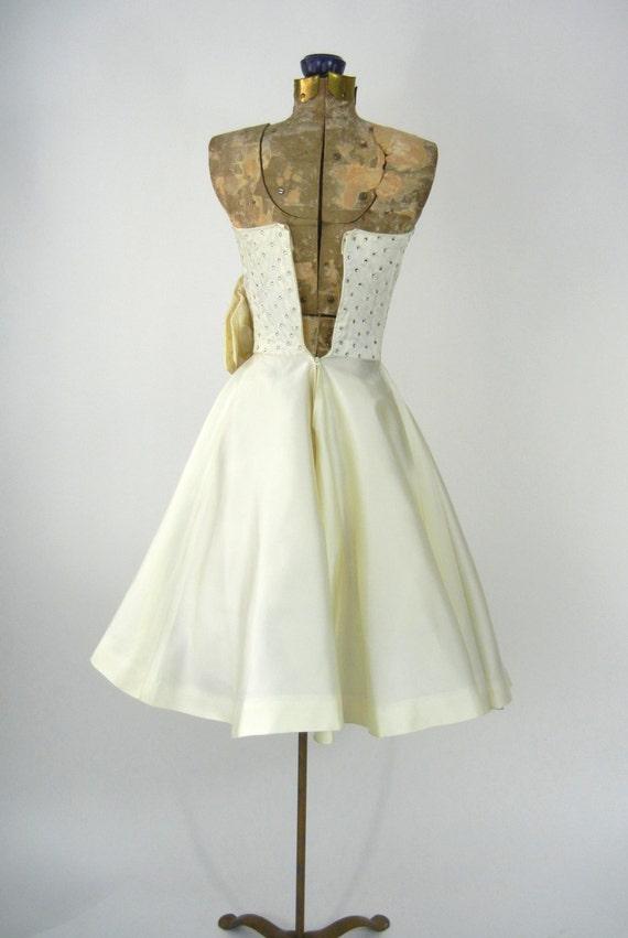 Vintage 50s Dress, Vintage Ivory Satin Dress, 195… - image 5