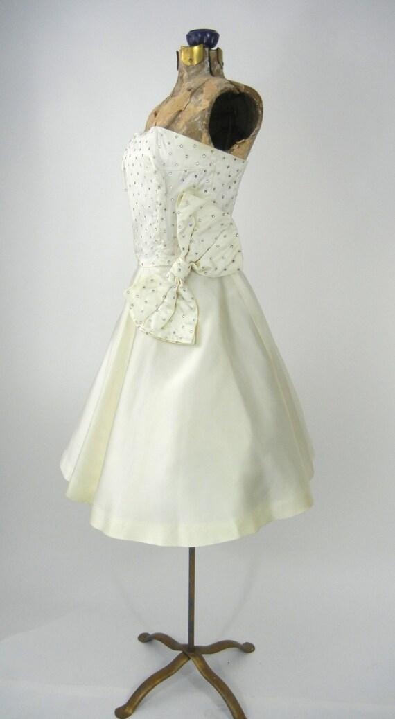 Vintage 50s Dress, Vintage Ivory Satin Dress, 195… - image 3