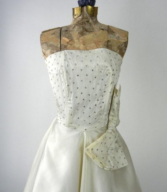 Vintage 50s Dress, Vintage Ivory Satin Dress, 195… - image 2