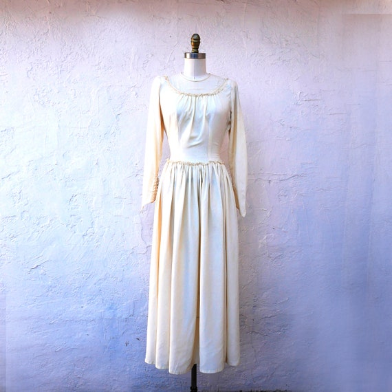 Simple 1930s XS Wedding Dress, Long Bridal Gown