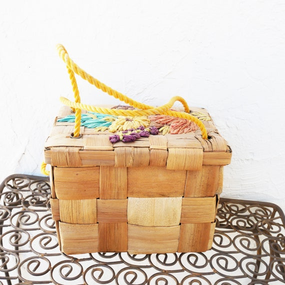 1950s Basket Box Purse with Raffia Embroidery