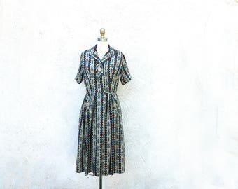 Mid Century Novelty Print Shirtwaist Dress Cotton Short Sleeve Frock