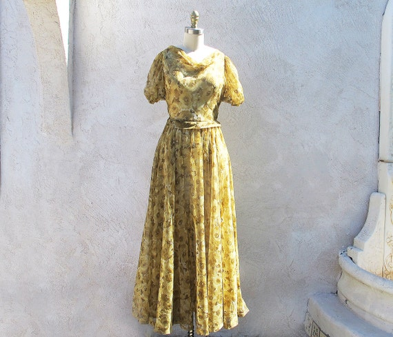 ON SALE/ 40s Ball Gown with Puff Sleeves, Flowing