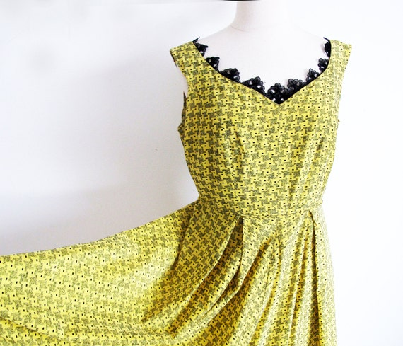 Yellow 1940s Day Dress, Rockabilly Frock, Straylig