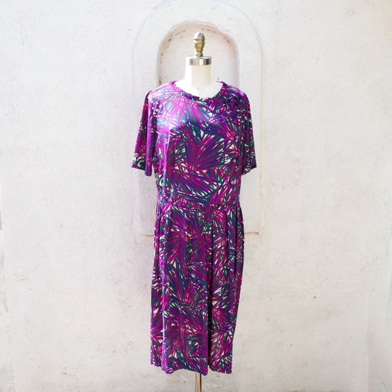 1950 Purple Nylon Dress, Large Size, with a Tropic