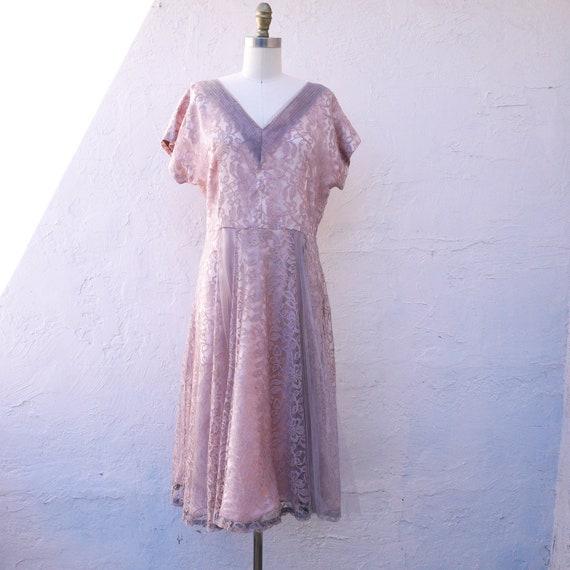 Vintage 40s Mauve Midi Lace Dress