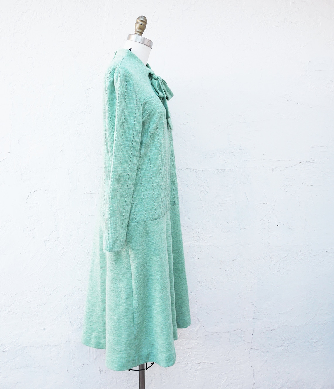 Warm Light Green 1970s Knit Dress