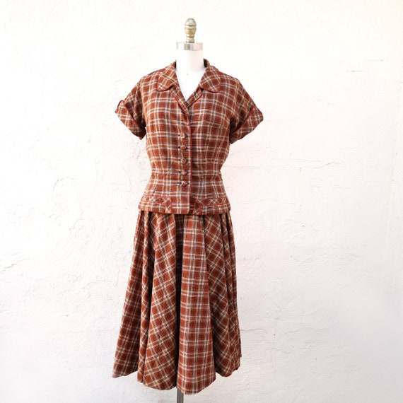 Vintage 1950s  Circle Skirt Set in Cotton Plaid by