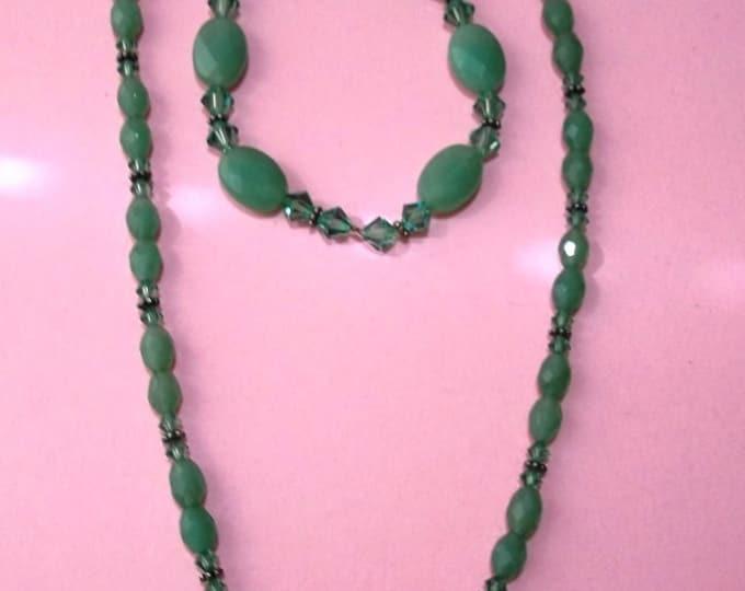 Green Aventurine Necklace & Bracelet Set