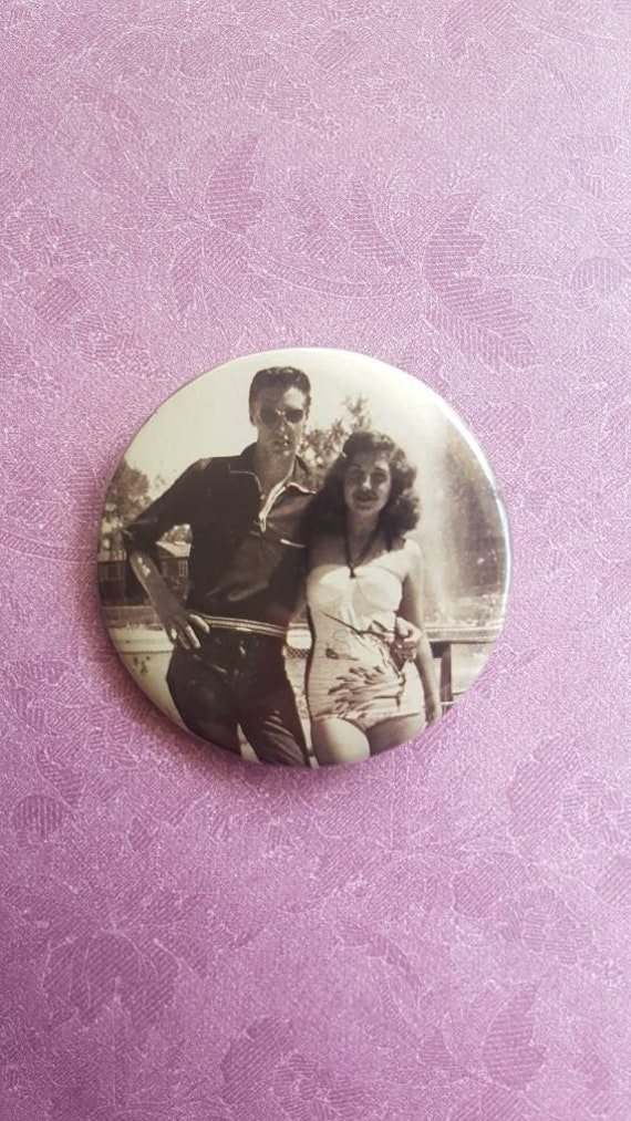 Fantastic Elvis Presley Vintage Brooch. Elvis Pres
