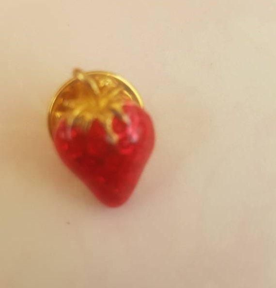 Vintage Strawberry Pin Brooch. Signed BALLOU. Gor… - image 8
