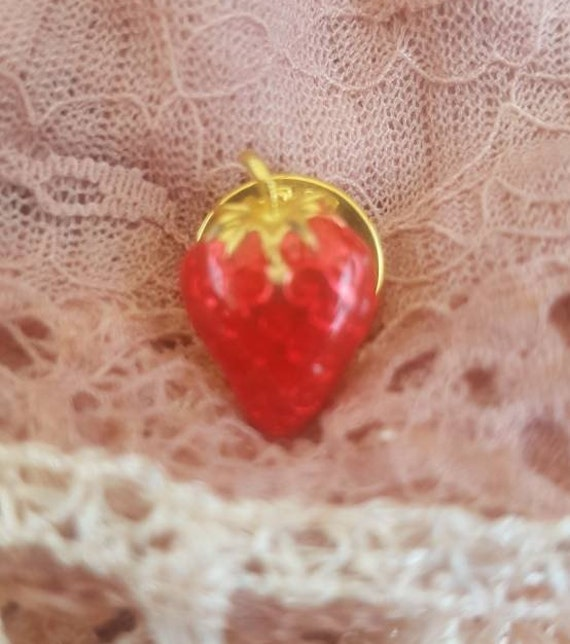 Vintage Strawberry Pin Brooch. Signed BALLOU. Gor… - image 2