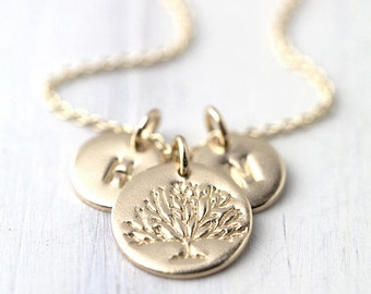 Family Tree Necklace for Mom, Initial Necklace Jewelry Handmade, Custom Personalized Gift for Mom, Necklaces for Women