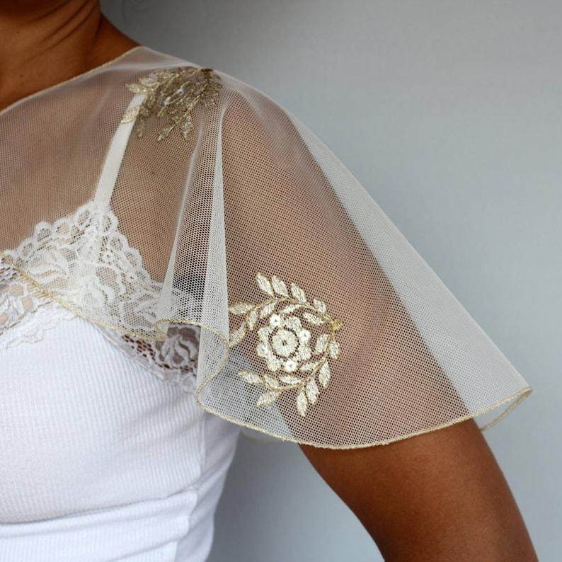 Bridal Capelet Gold Embroidered Tulle Mesh Shoulder Cover Retro Style Evening Dress Coverup Wedding Cape Weddings Bolero Shrug