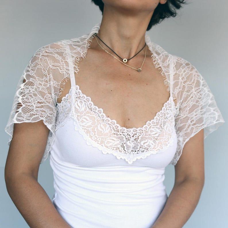 Eyelash Lace Bridal Bolero Shoulder Cover Romantic Unique Design Jacket White Lace Shrug Wrap Dainty Wedding Dress Coverup Top Shabby Chic