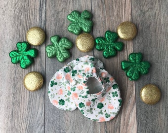 Infant 4 leaf clover soft crib Shoes, Reversible baby shoes, St Patricks baby wear, Lucky baby shoes, Lucky Infant Shoes